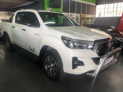 Toyota HILUX 2.8GD-6 DAKAR D/C A/T - Contact us for more information...